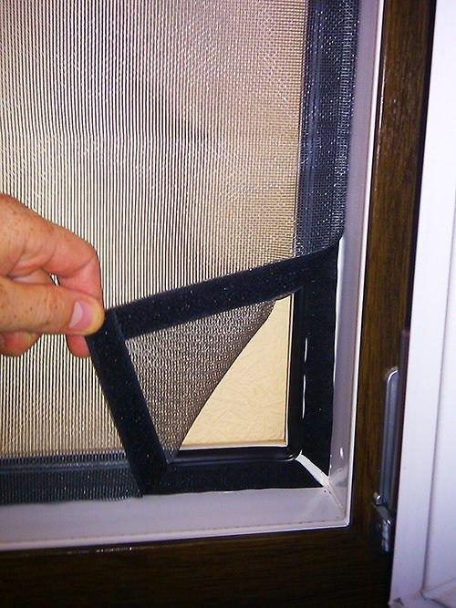 Москитные сетки на липучках для пластиковых окон - заказать .